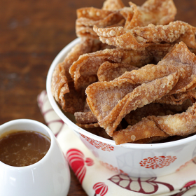 Thumbnail image for Churro Wontons With Salted Butter Caramel Dipping Sauce For Your Valentine