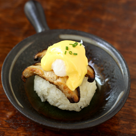 Thumbnail image for Quail Eggs Benedict Pagodas