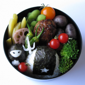 Thumbnail image for Quail Egg Ninja & Star Onigiri—Yes, you too can have a Food Ninja Bento!!