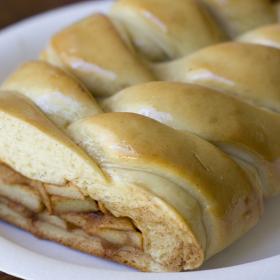 Thumbnail image for Easy Apple Bread