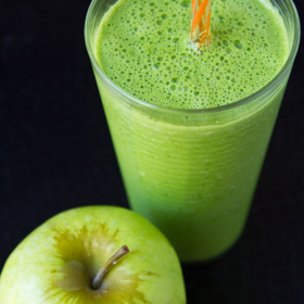 Thumbnail image for Green Mutsu Heirloom Apple Smoothie