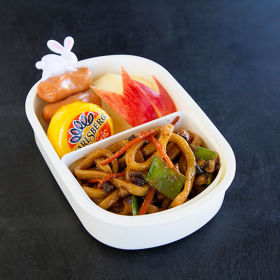 Thumbnail image for Vegetable Yaki Udon for a Moon Viewing Bento
