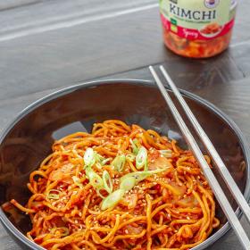 Thumbnail image for Kimchi Yakisoba (Japanese stir-fried noodles with kimchi sauce)