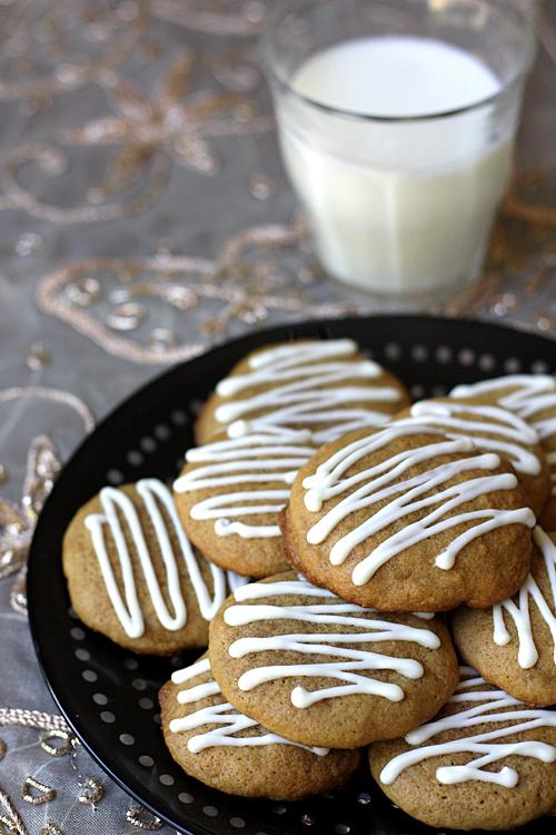 soft molasses cookies 2