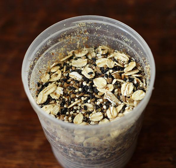 Mixing grains for zakkoku mai