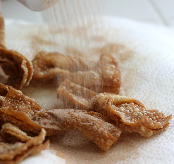Shower the wontons with cinnamon and sugar