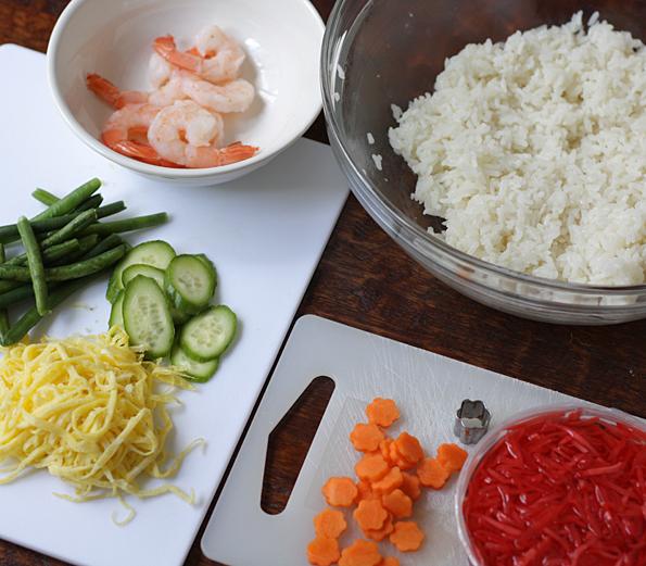 Toppings for chirashi sushi