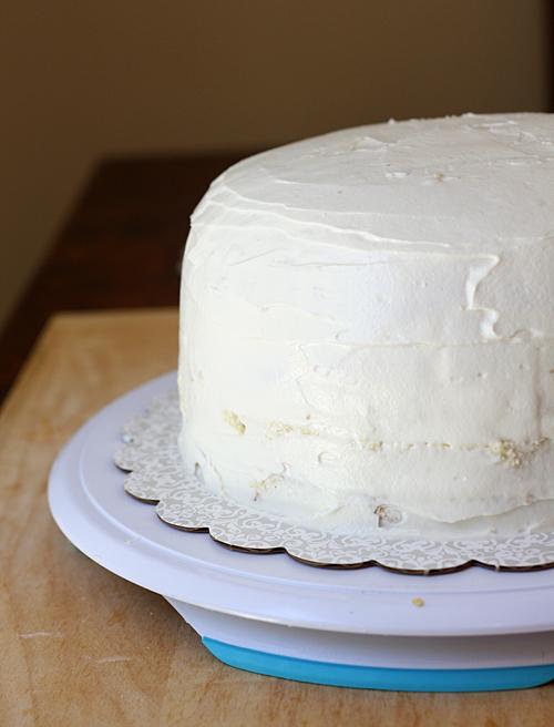 Buttercream crumb layer