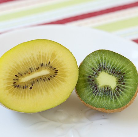 Gold & Green Kiwi cut open