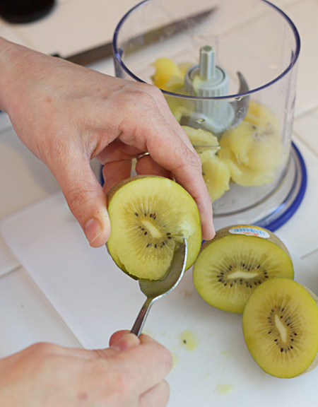 Scoop the kiwi out with a spoon