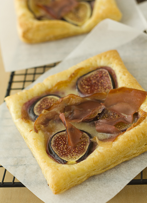 Hot Fig, Brie, & Prosciutto Tarts