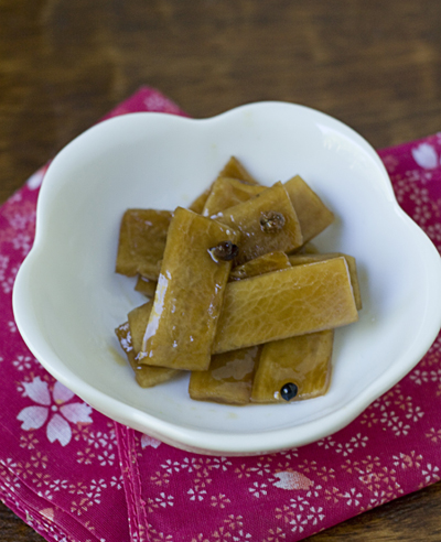 Daikon Hoajo-zuke (pickled daikon with Sichuan peppercorns)