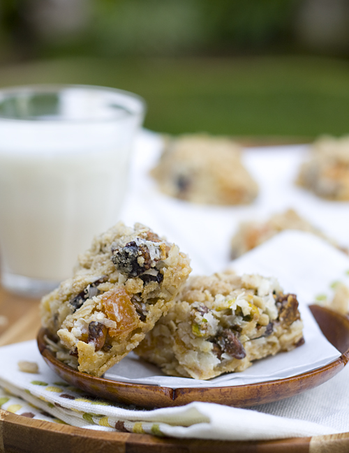 Apricot-Fig-Pistachio Bars