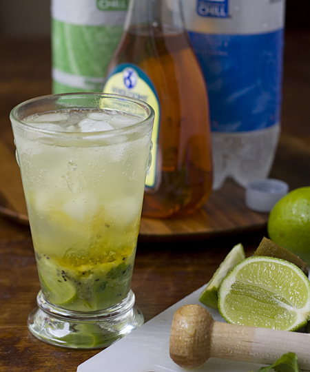 Finish off the mojito with club soda