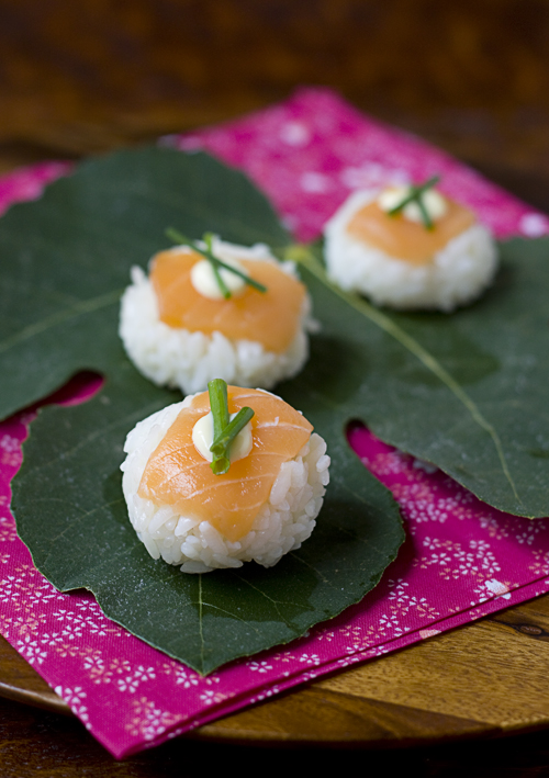 Salmon Temarizushi on a fig leaf