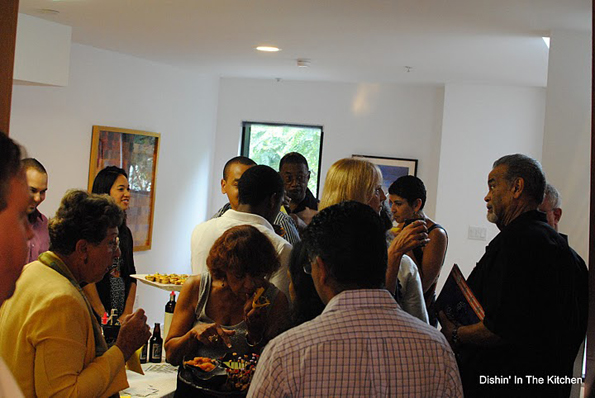 The crowd at the LA Helps LA Tasting Event