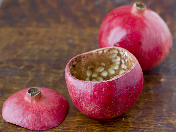 Hollowing out a pomegranate