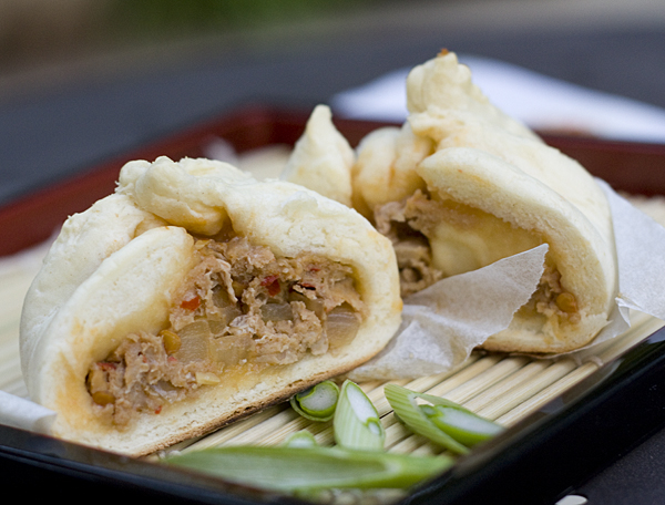 steamed nikuman, japanese pork buns