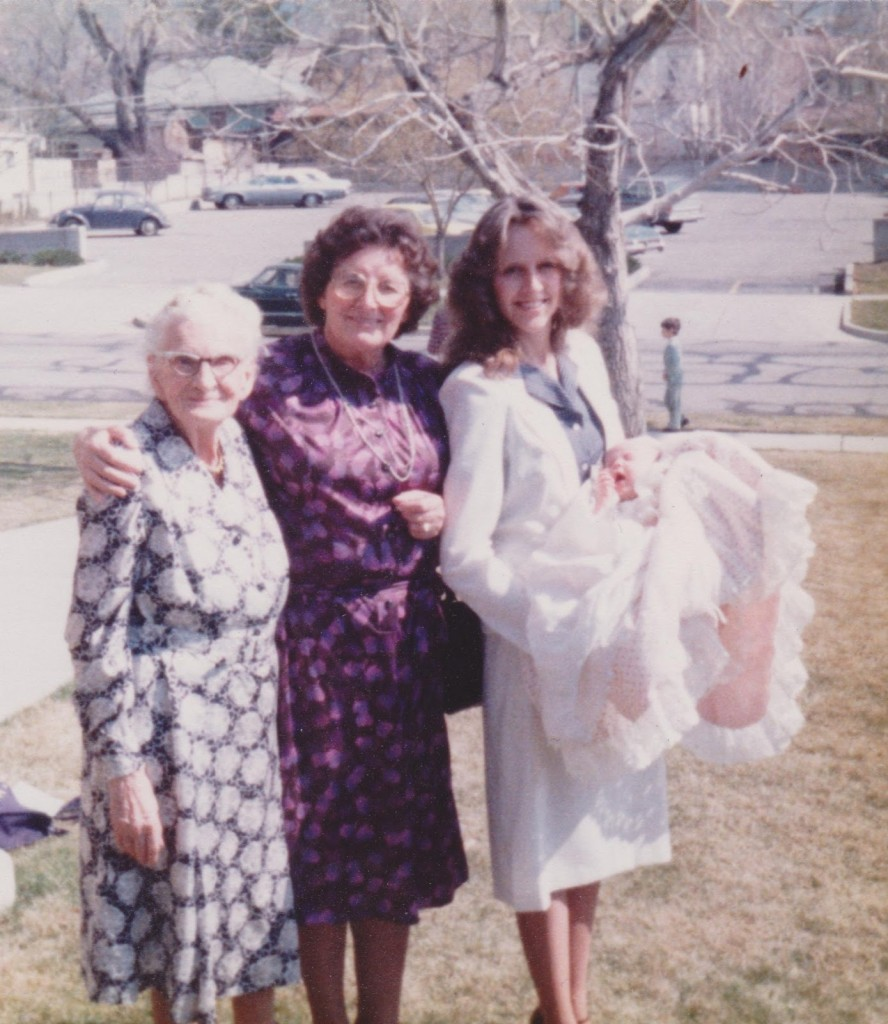 Oma, Grandma, Mom & Me!