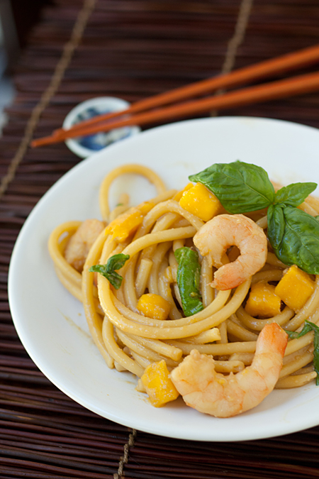Baccatini with Shrimp, Mangoes, and Basil