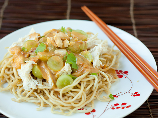 Refreshing Grape and Chicken Noodle Salad with Peanut Sauce