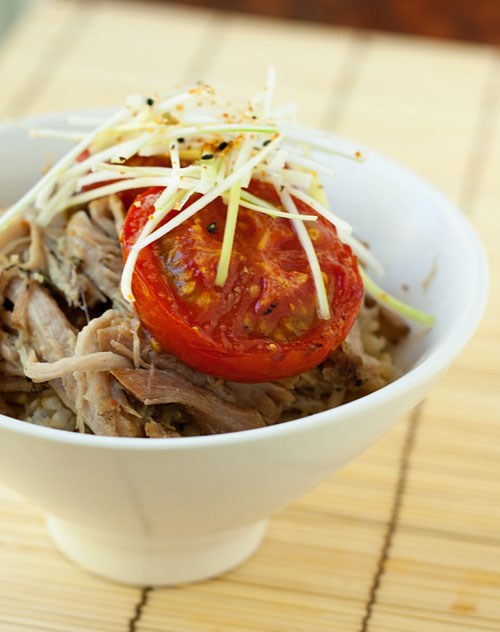 tomato and pork donburi