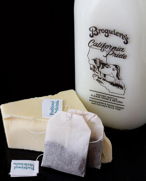 Snowman Peppermint White Hot Chocolate Recipe — Dishmaps