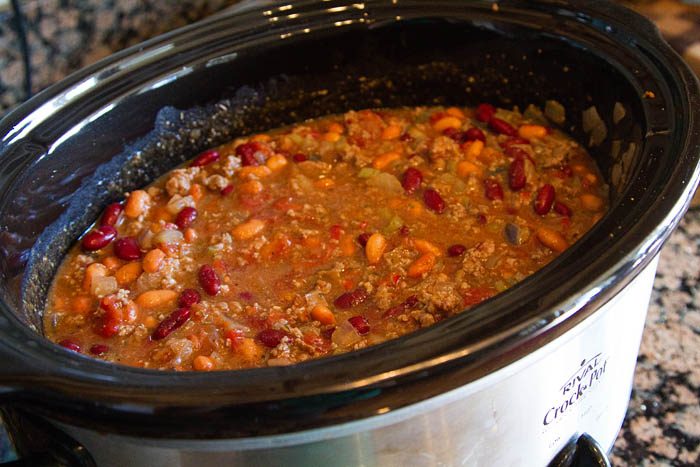 Making chili in a slow cooker