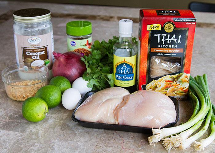 Ingredients to make chicken pad thai