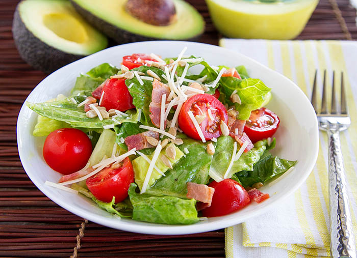 BLT Salad with Avocado Dressing