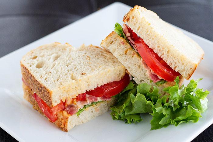 BLTH Sandwich