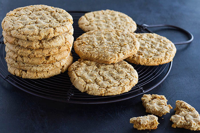 Paleo Chewy Almond Cookies