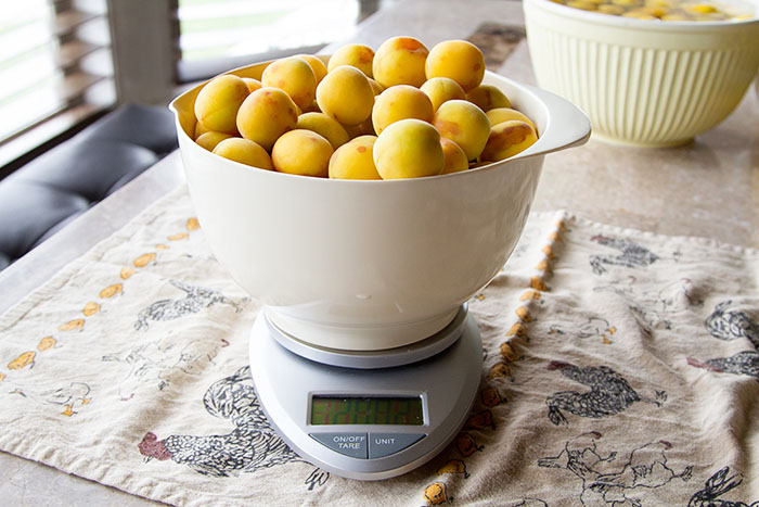 Weighing the ume