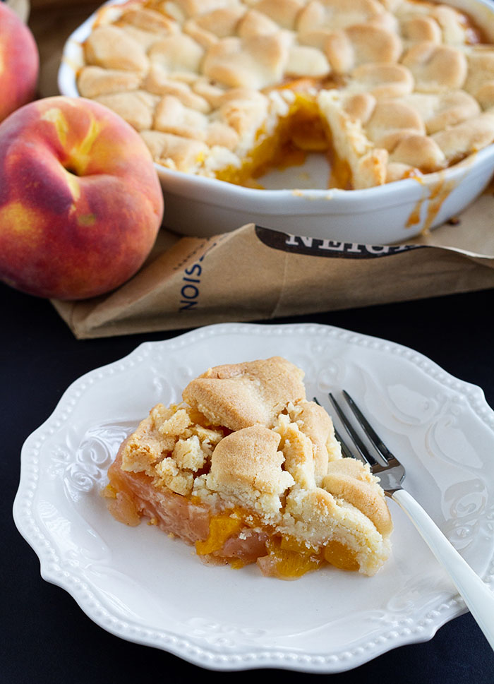 Brown Bag Baked Peach Pie, www.lafujimama.com