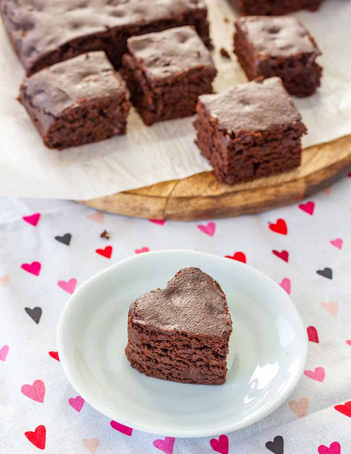Squares of Fudgy Spiced Brownies